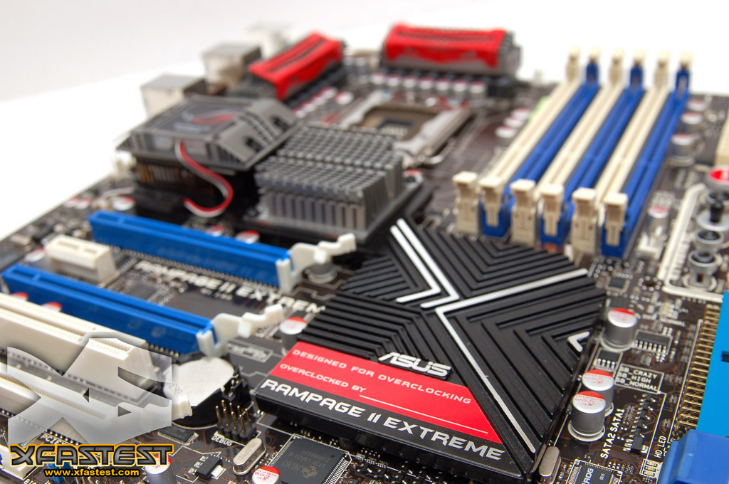 http://pic.xfastest.com/MB/ASUS/RAMPAGE%20II%20EXTREME/r2e-20.jpg