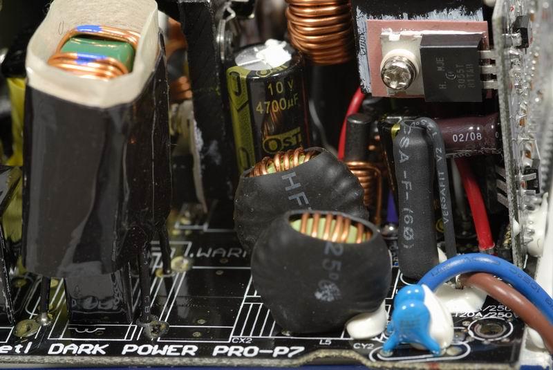 电路板上方字样表示此电路板为dark power pro专用.