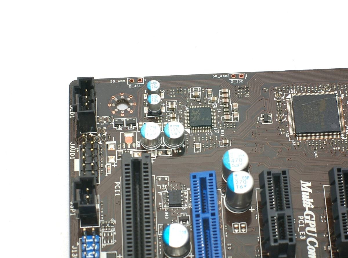 音效采用realtek alc892晶片,硬体环境监控晶片采用msi常用的fintek